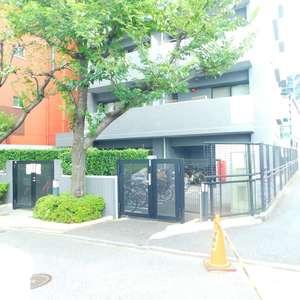 エクセルシオール新宿西戸山の外観