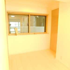 シルバープラザ新宿第2(5階,3199万円)の居間(リビング・ダイニング・キッチン)