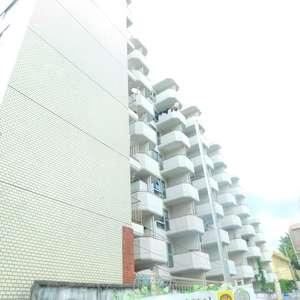 新宿フラワーハイホームの外観