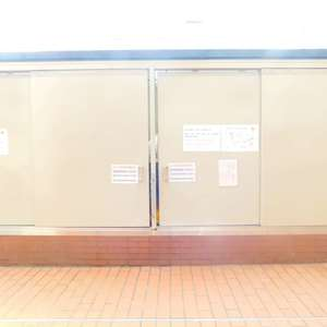 新宿フラワーハイホームのごみ集積場