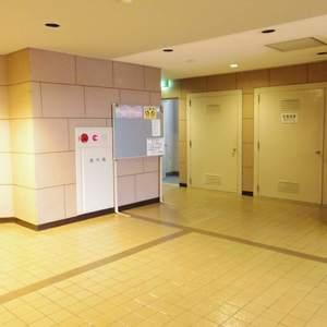 富士見ステータスのエレベーターホール、エレベーター内