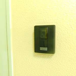 久保田マンション(3階,)のフロア廊下(エレベーター降りてからお部屋まで)