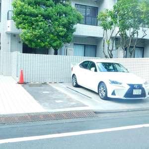 中銀第2小石川マンシオンの駐車場
