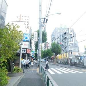 久保田マンションの最寄りの駅周辺・街の様子