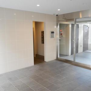 プレストマーロ両国のマンションの入口・エントランス