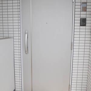 プレストマーロ両国(8階,)のフロア廊下(エレベーター降りてからお部屋まで)