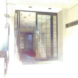 スカイコート池袋第2のマンションの入口・エントランス