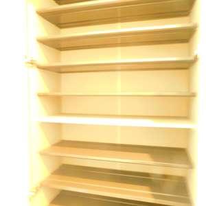 スカイコート池袋第2(3階,2980万円)のお部屋の玄関
