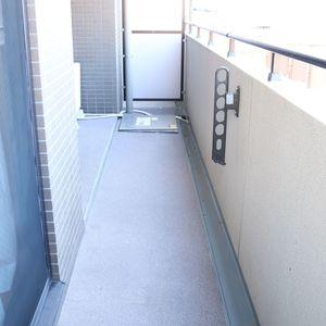 コスモ上野ロイヤルフォルム(4階,)のバルコニー