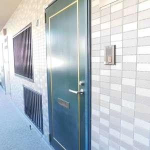 エクセル立教前(2階,4980万円)のフロア廊下(エレベーター降りてからお部屋まで)
