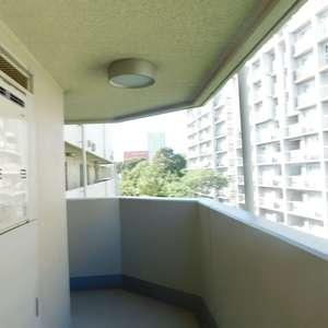 エムブランド新宿戸山公園(4階,)のフロア廊下(エレベーター降りてからお部屋まで)