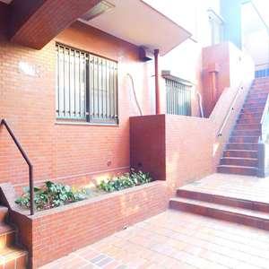トーア余丁町マンション(3階,)のフロア廊下(エレベーター降りてからお部屋まで)