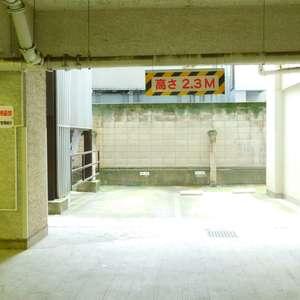 大塚台ハイツの駐車場