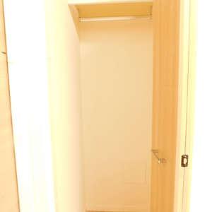 北新宿サマリヤマンション(3階,3498万円)の洋室(2)