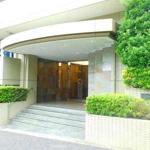 高田馬場パークホームズのマンションの入口・エントランス