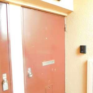 東中野台ローヤルコーポ(3階,)のフロア廊下(エレベーター降りてからお部屋まで)