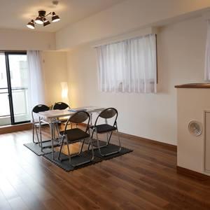 グリーンパーク天神(5階,4680万円)の居間(リビング・ダイニング・キッチン)
