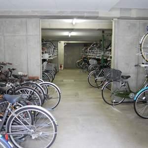 レヴィ亀戸の駐輪場