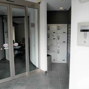 レヴィ亀戸のマンションの入口・エントランス