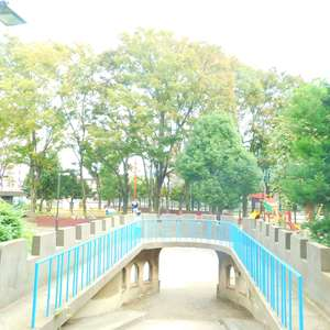 スカイコート文京新大塚の近くの公園・緑地