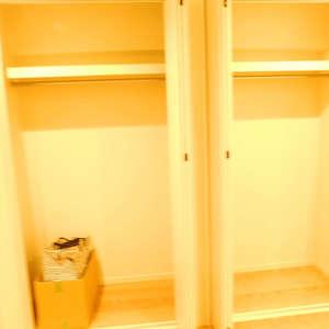 新神楽坂ハウス(1階,4980万円)の洋室(2)