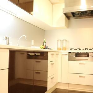 シティタワー四谷(3階,8480万円)のキッチン