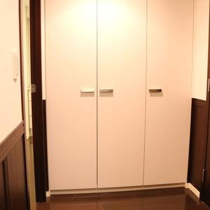 シティタワー四谷(3階,8480万円)のお部屋の廊下
