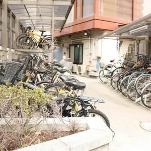 シャトレ市ヶ谷の駐輪場