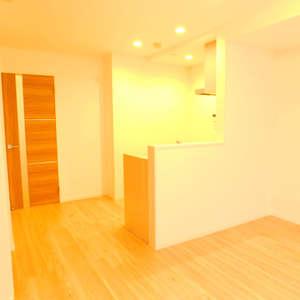 パシフィック西早稲田(6階,4299万円)の居間(リビング・ダイニング・キッチン)