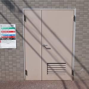 エスバイエルマンション亀戸のごみ集積場