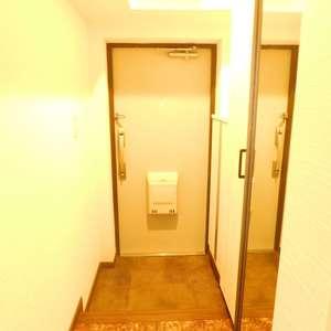 高田馬場住宅(2階,)のお部屋の玄関