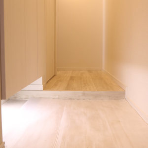 パラシオン本郷(5階,)のお部屋の玄関