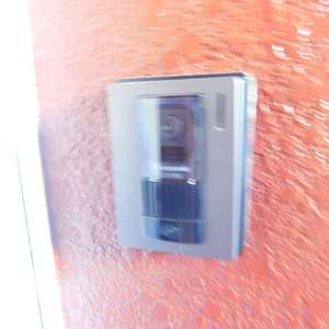 ブラザー若林マンション(5階,3488万円)のフロア廊下(エレベーター降りてからお部屋まで)
