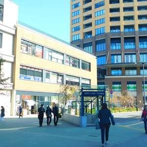 サードリハイツ本館の最寄りの駅周辺・街の様子