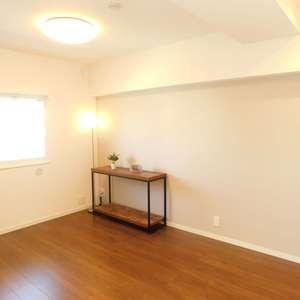 サードリハイツ本館(9階,3599万円)の洋室