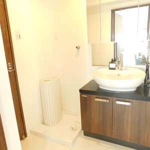サングリア中目黒(11階,4880万円)の化粧室・脱衣所・洗面室