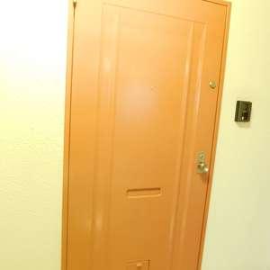 サングリア中目黒(7階,)のフロア廊下(エレベーター降りてからお部屋まで)
