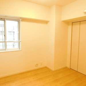 護国寺ロイアルハイツ(2階,)の洋室