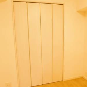 護国寺ロイアルハイツ(2階,3680万円)の洋室(2)