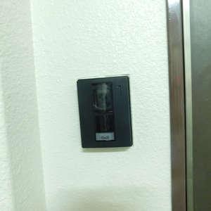 マンション小石川(5階,5890万円)のフロア廊下(エレベーター降りてからお部屋まで)
