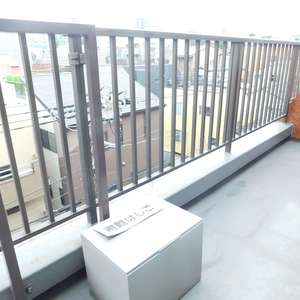 マンション小石川(5階,)のバルコニー