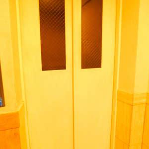 落合シティタワーのエレベーターホール、エレベーター内