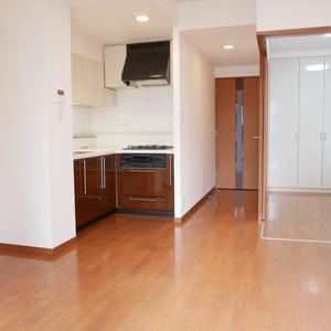 ファミール浅草シティウエスト(4階,3280万円)の居間(リビング・ダイニング・キッチン)