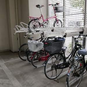 ダイナシティ雷門の駐輪場