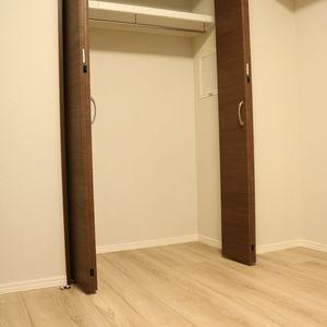 中銀日本橋浜町マンシオン(2階,5480万円)の洋室