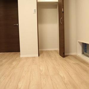 中銀日本橋浜町マンシオン(2階,5480万円)の洋室(2)