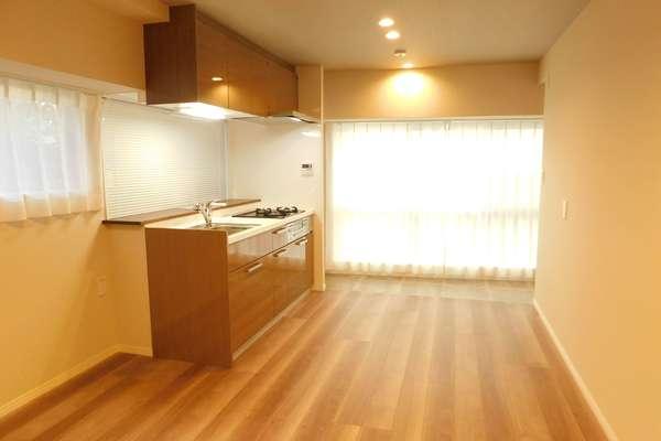 第8宮庭マンション(2階,3799万円)