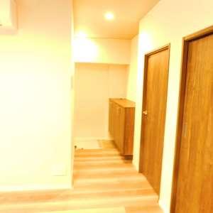 第8宮庭マンション(2階,3799万円)のお部屋の廊下