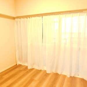 第8宮庭マンション(2階,3799万円)の洋室(2)