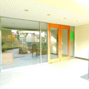 パシフィック哲学堂マンションのマンションの入口・エントランス